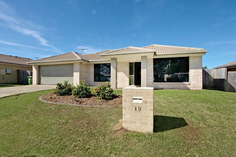 For Sale - 19 Adelaide Drive - Real Estate Caboolture South